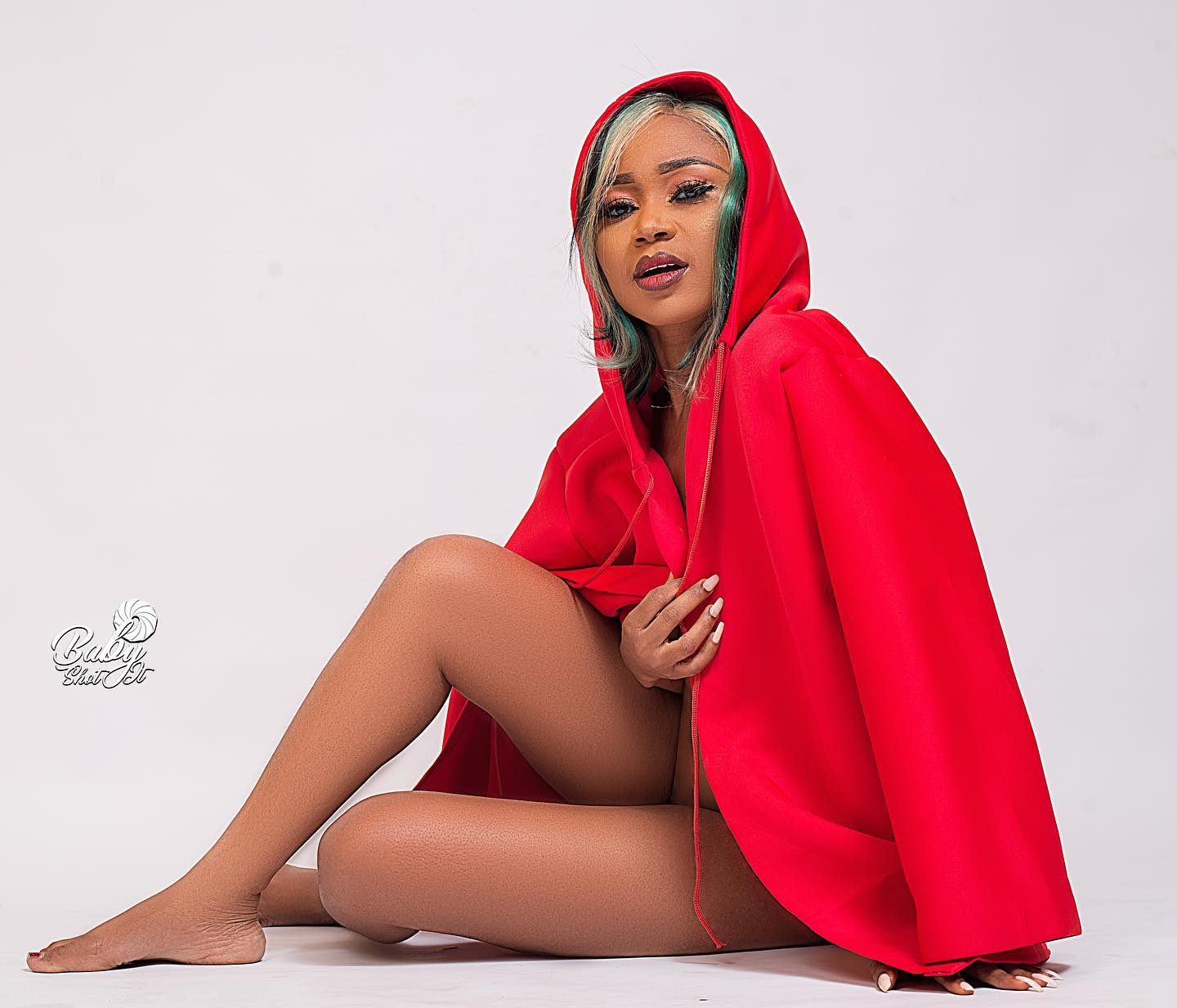 Akuapem Poloo Breaks The Internet With This Naked Photo